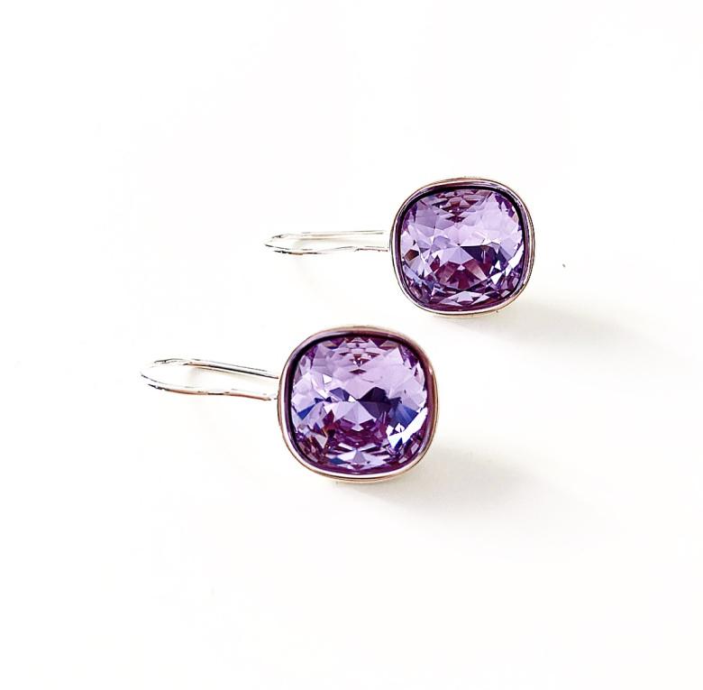 Örhängen fyrkantiga med Swarowski® kristaller Violet